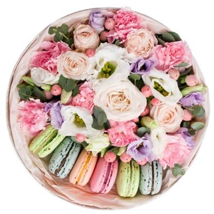 Цветы в подарок с доставкой в питере